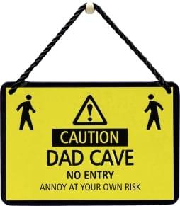 Κρεμαστή Μεταλλική Πινακίδα - Caution Dad Cave