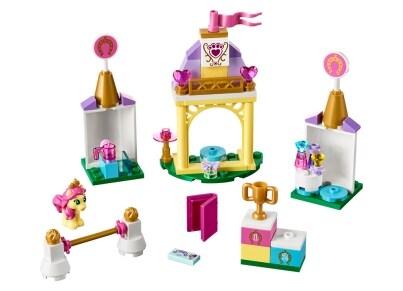 LEGO® 41144 Ο Βασιλικός Στάβλος της Μικρούλας