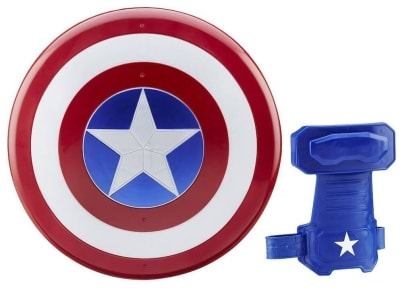 Captain America Magnetic Shield & Gauntlet (B5782)