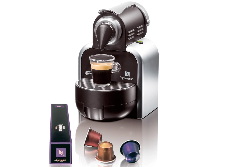 Cafetera nespresso essenza delonghi en97w automatica for Nespresso firma